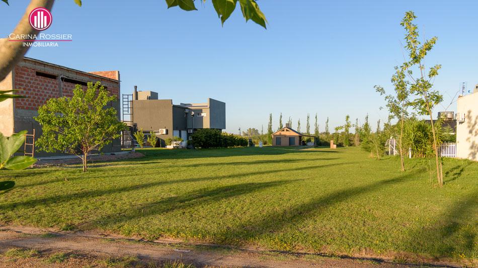 Lote 600 [m²] Villa Elisa, Entre Ríos. Carina Rossier vende lote en barrio cerrado Los Alamos, Villa Elisa, Entre Ríos.