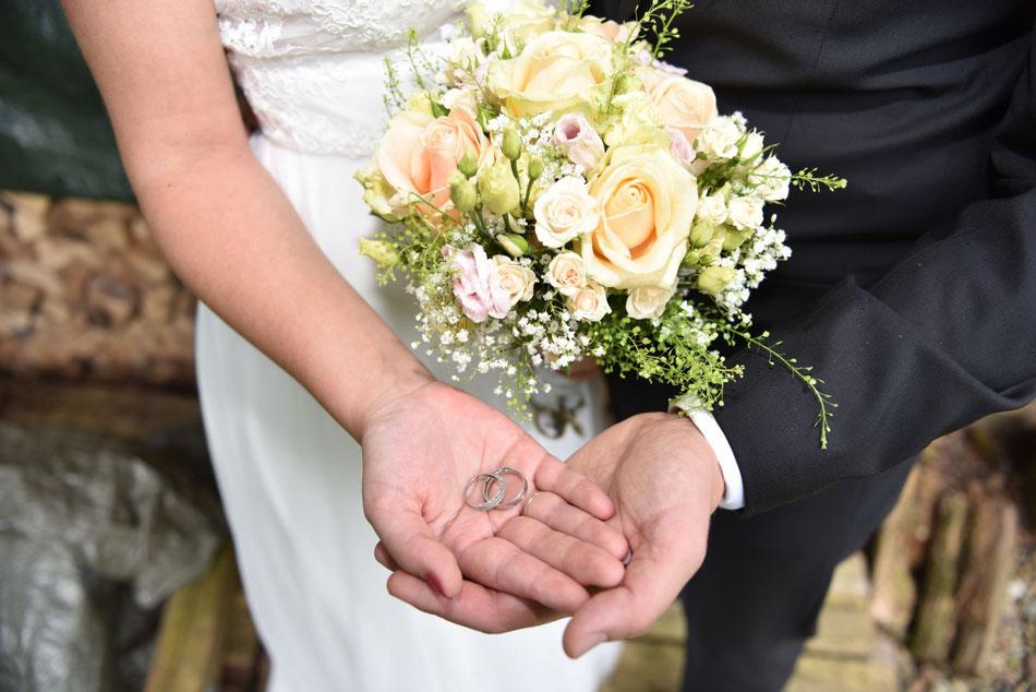 Hochzeitsfotos im botanischen Garten Bielefeld