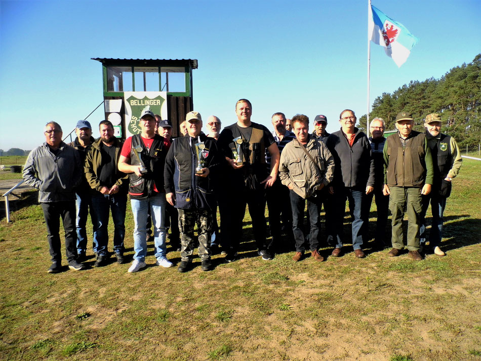 Teilnehmer der Vereinsmeisterschaft Trap 2021.
