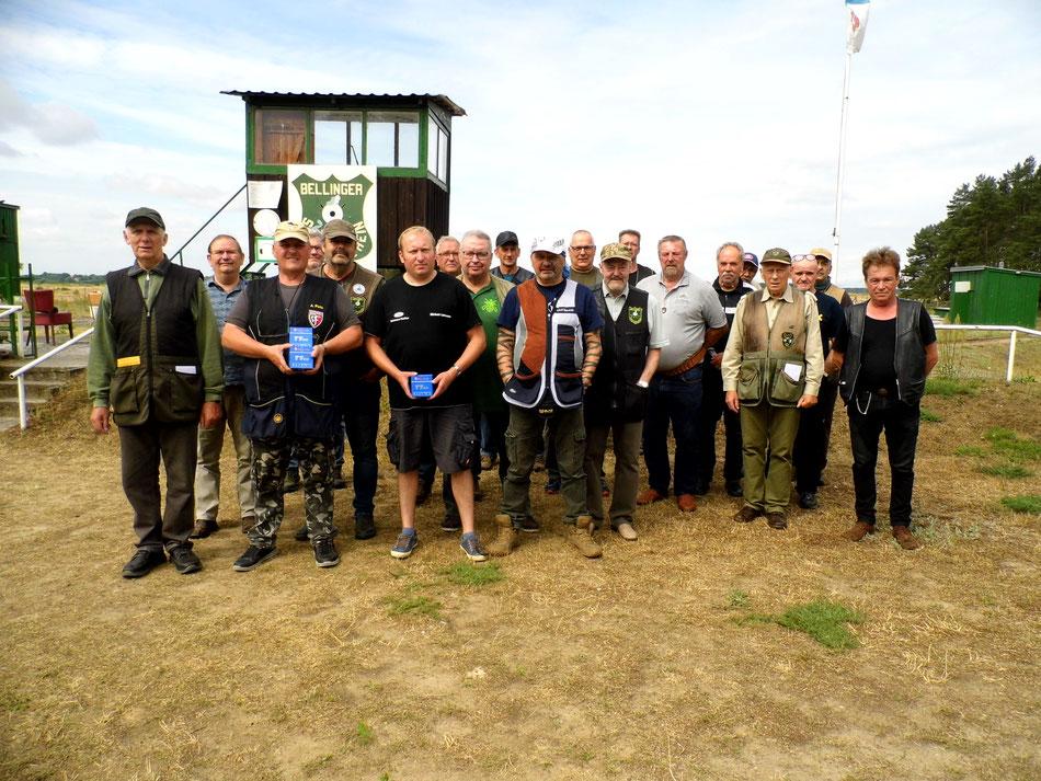 Teilnehmer des 16. Doppeltrapschießen am 03.07.2021 in Belling.