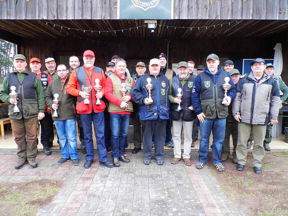Teilnehmer des 1. Bellinger Rollhasen Pokal am 06.11.2016