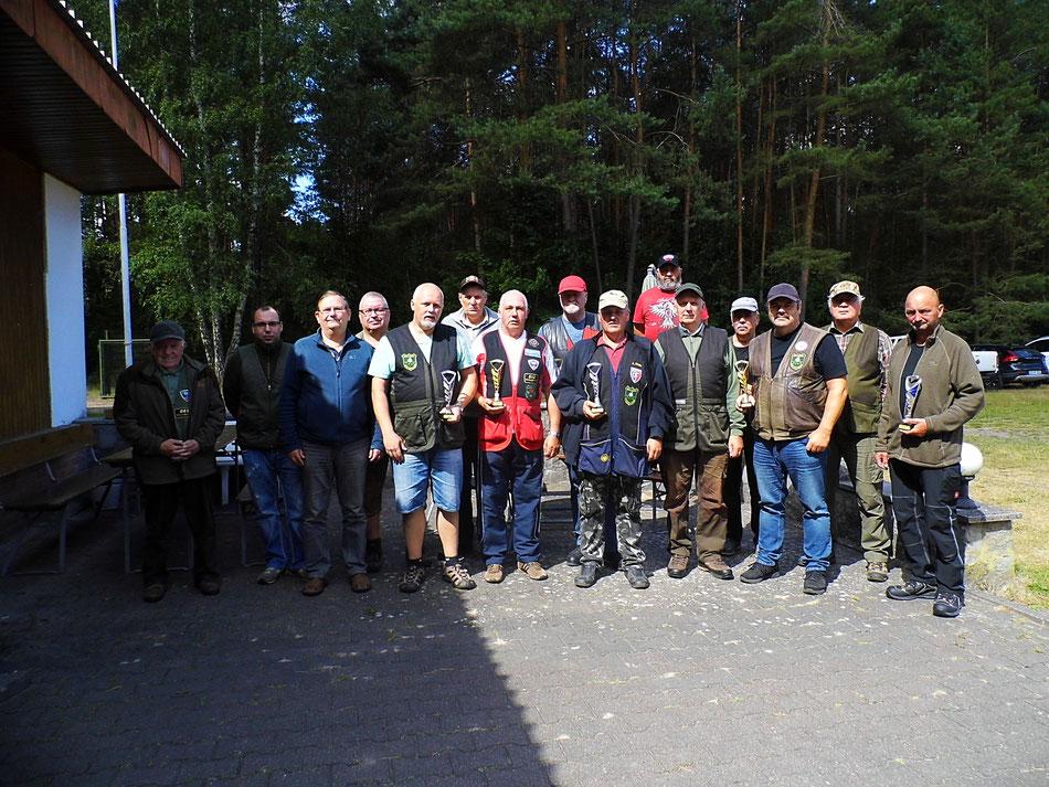 Teilnehmer des 12. Doppeltrapschießen am 01.07.2018 in Torgelow.