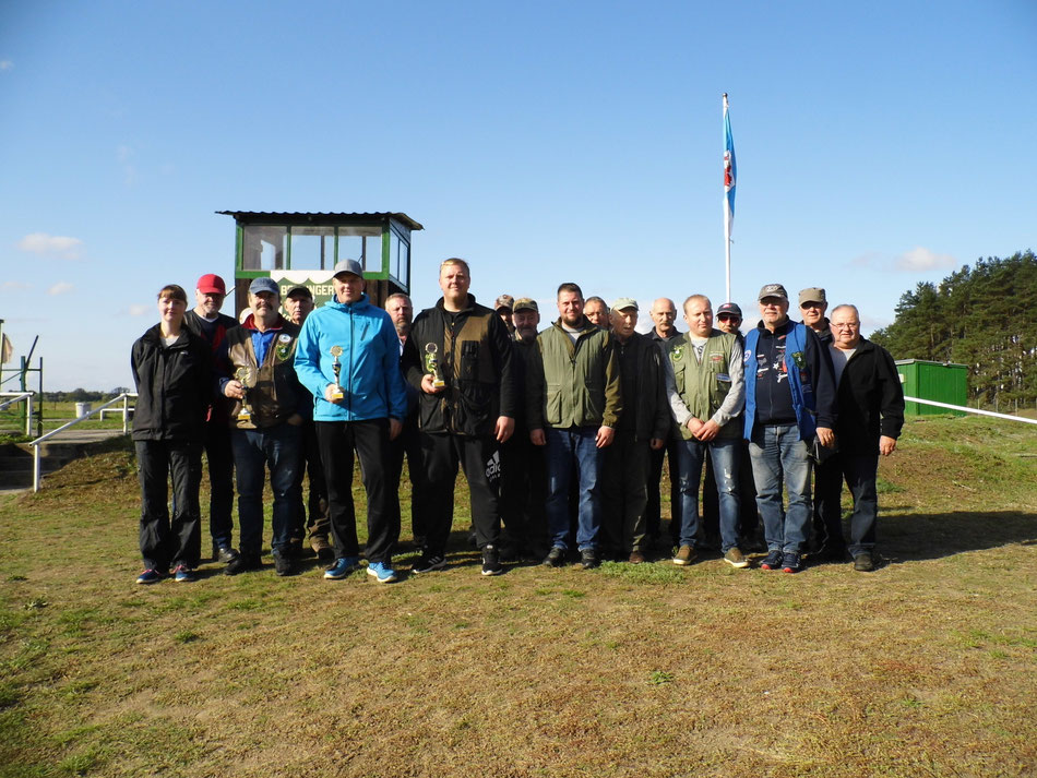 Teilnehmer der Vereinsmeisterschaft Trap 2019.