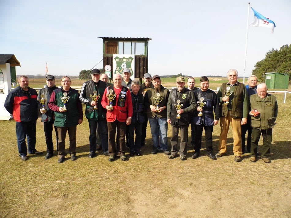 Teilnehmer der 3. UER Bestenermittlung Trap am 02.04.2016 beim Bellinger Schützenverein e.V.