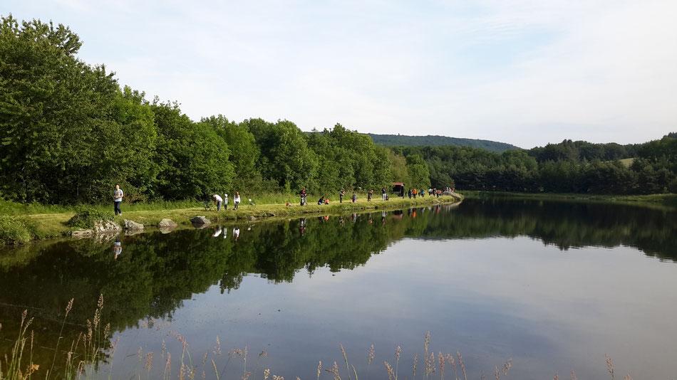Le lac de Bès le jour de la découverte de la pêche par les enfants