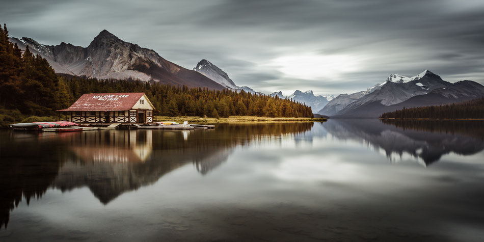 Canada Memos - Maligne Lake :: Copyright Martin Schmidt, Fotograf für Schwarz-Weiß Fine-Art Architektur- und Landschaftsfotografie aus Trier
