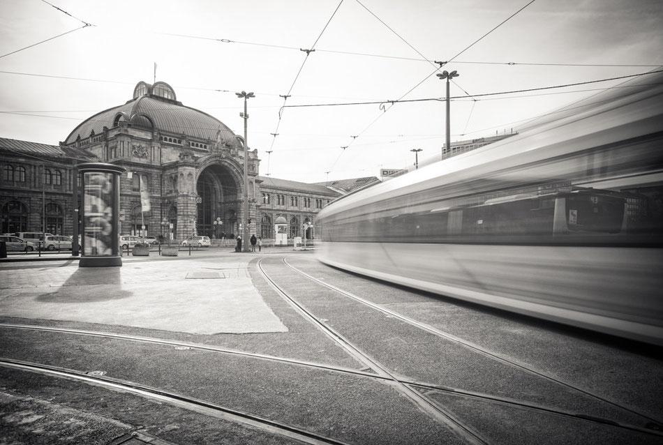 Nürnberg - Hauptbahnhof (Copyright Martin Schmidt, Fotograf für Schwarz-Weiß Fine-Art Architektur- und Landschaftsfotografie aus Nürnberg)