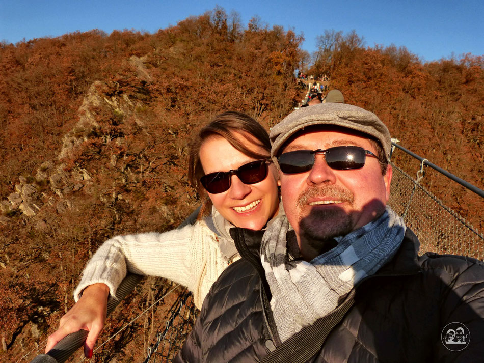Ausflug Tour zur Geierlay schönste Hängeseilbrücke in Deutschland Leni und Toni machen einen Ausflug Leni und Toni auf der Brücke