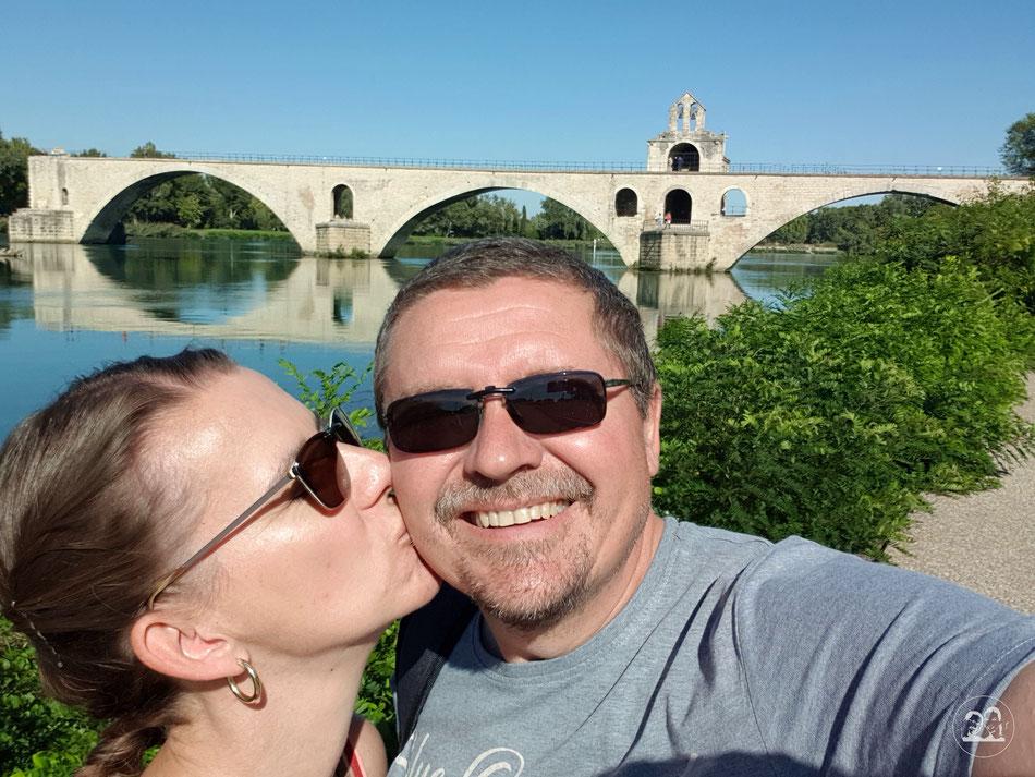 Leni und Toni mit dem Wohnmobil unterwegs in Südfrankreich Avignon Sehenswürdigkeiten