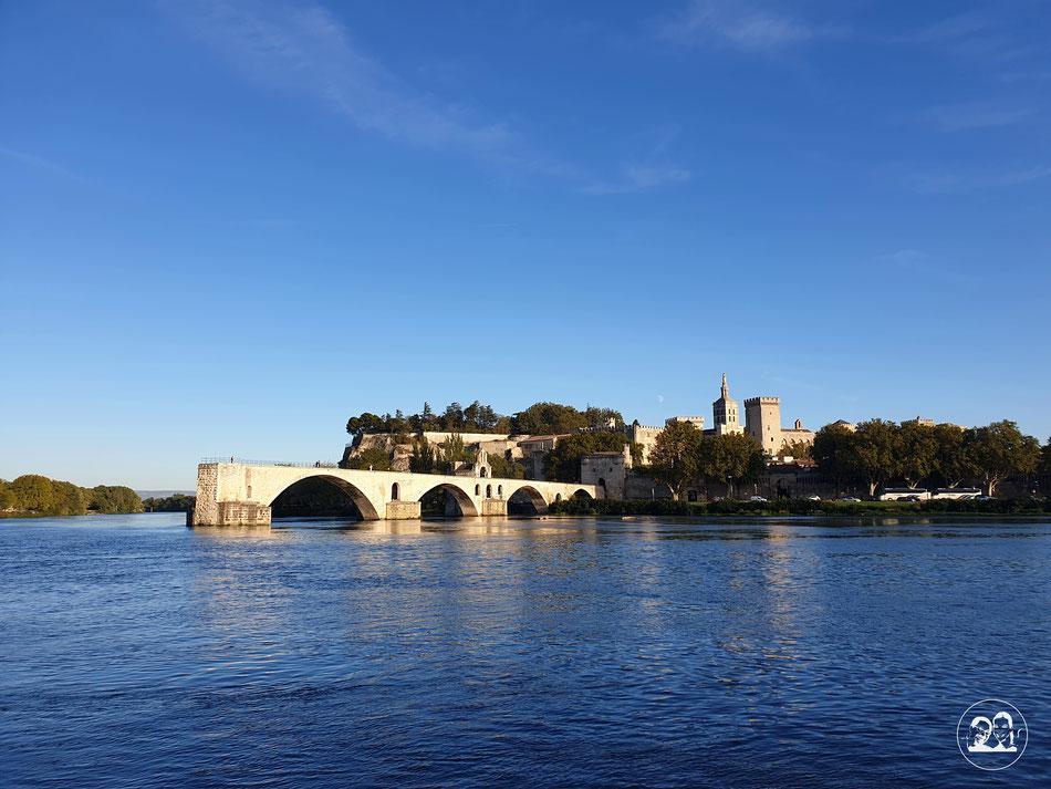 Sehenswürdigkeiten in Avignon Städtetour nach Avignon Leni und Toni mit dem Wohnmobil in Avignon Provence Brücke von Avignon Saint Benezet