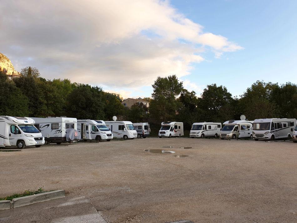 mit dem Wohnmobil nach Südfrankreich Provence Moustiers-Sainte-Marie Wohnmobil Stellplatz