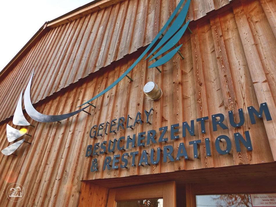 Ausflug Tour zur Geierlay schönste Hängeseilbrücke in Deutschland Leni und Toni machen einen Ausflug Besucherzentrum an  der Geierlay