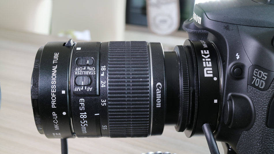 The Meike MK-C-UP extension cord set on the Canon 70D