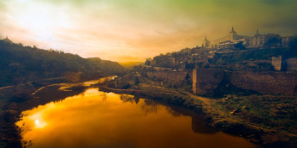 El Tajo a su paso por Toledo. Imagen @ 2014 Pedro Salvador