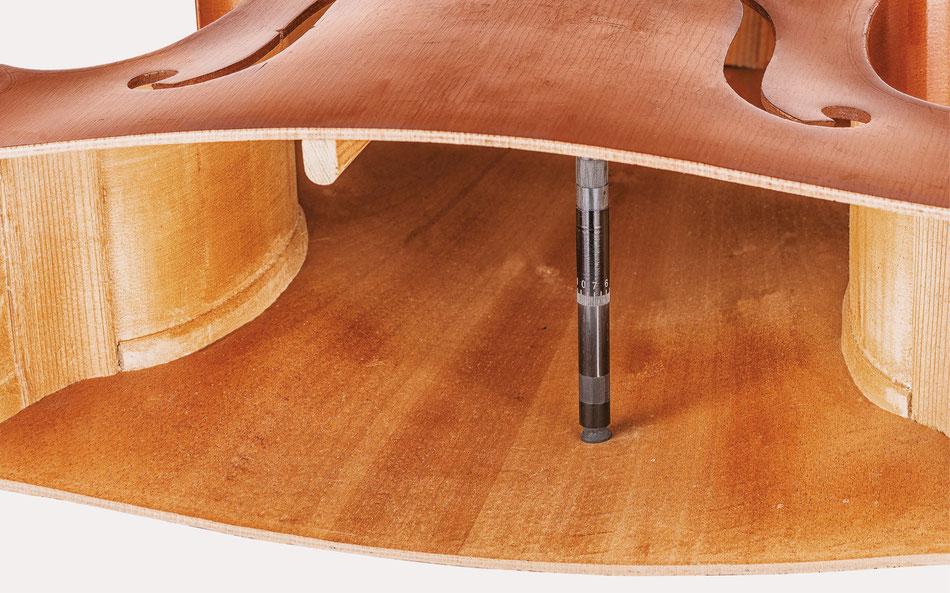 Anima Nova Stimmstock im Instrument.