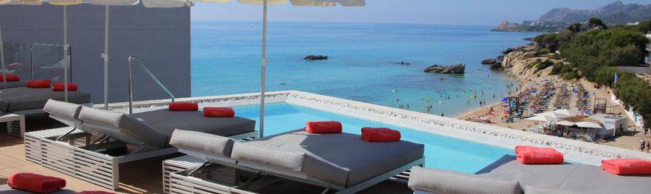 "Aussicht vom 5-Sterne Luxushotel ""Serrano Palace Mallorca"" auf die Son Moll Bucht Cala Ratjada (c) Firma S'Entrador S.L Serrano Palace Hotel"