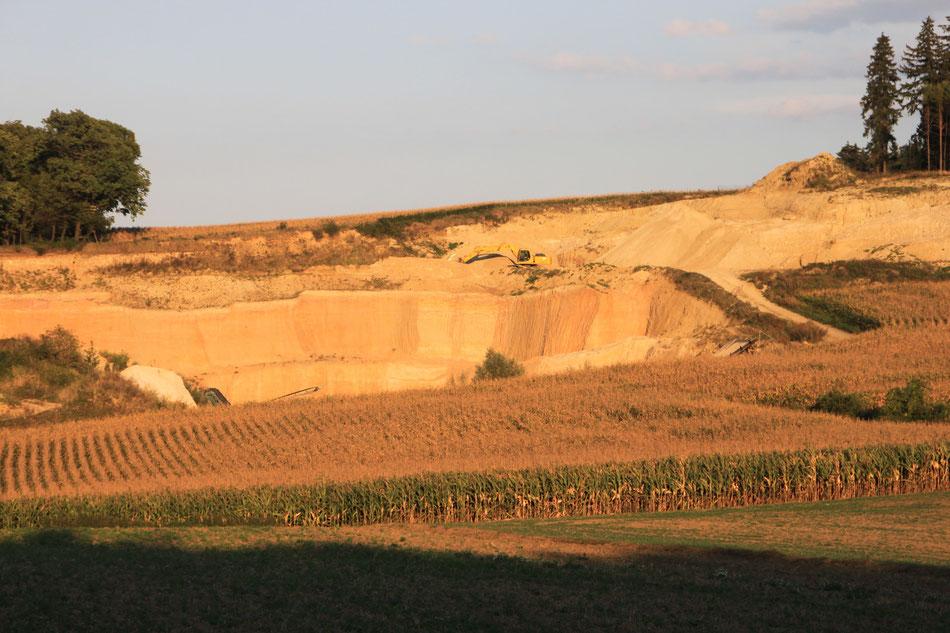 Sand und Lehmgrube unserer Partnerfirma Sand&Lehm
