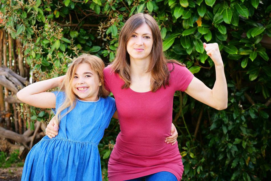 Maéline et sa maman Clémence habitent à Lugos./Photo Clémence Bajeux.