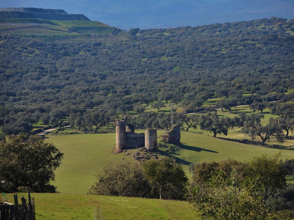 Blick von dem Castell über die Grenze nach Extremadura
