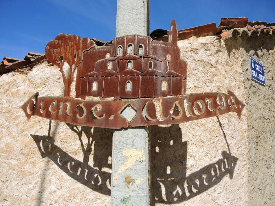 Hier ca 120 km nach Salamanca muss ich mich entscheiden ob ich weiter Camino Sanabres über Ourense gehe, oder über Astorga und weiter Camino Frances nach Santiago. Ich entscheide mich für für Ourense und Camino Sanabres.