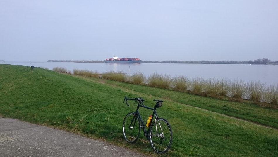 Norwid Rennrad Elbe Stade Hamburg Radtour