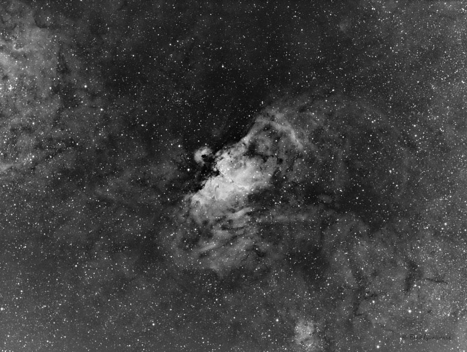 Imagen de la nebulosa del Águila (M16) en la emisión del Hidrogeno alfa