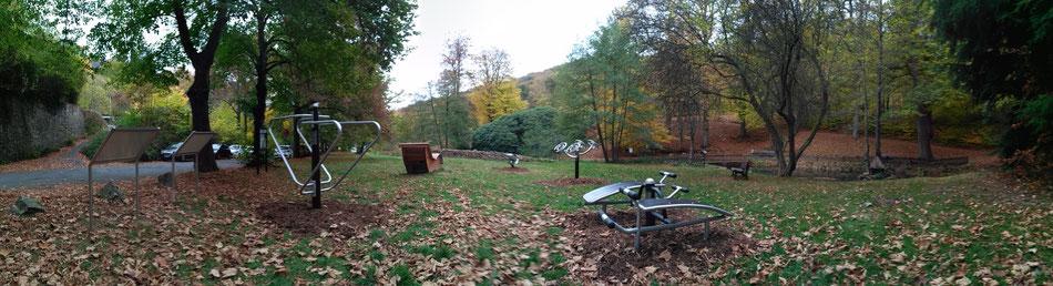 Schlangenbad (oberer Kurpark / Hessenallee)