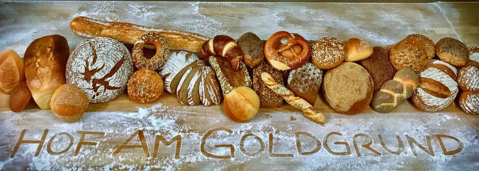 Große Auswahl an Brot und Brötchen vom Hof am Goldgrund