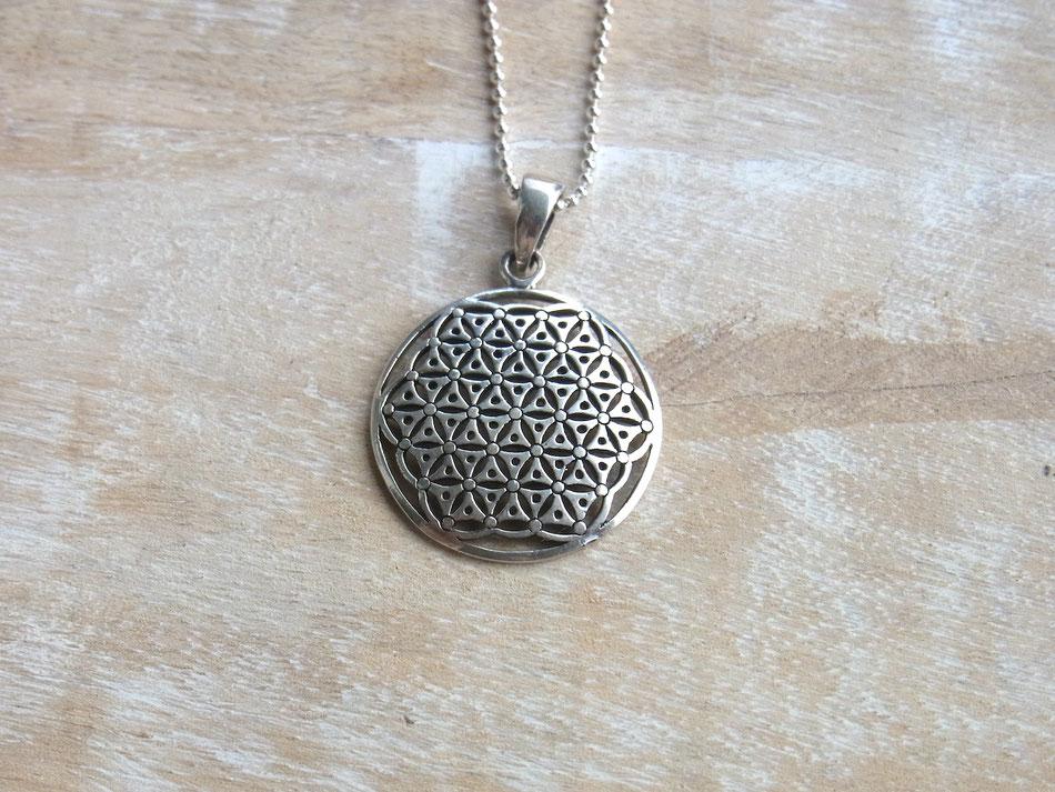 Kugelkette mit gewölbten Blume des Lebens Anhänger aus Silber