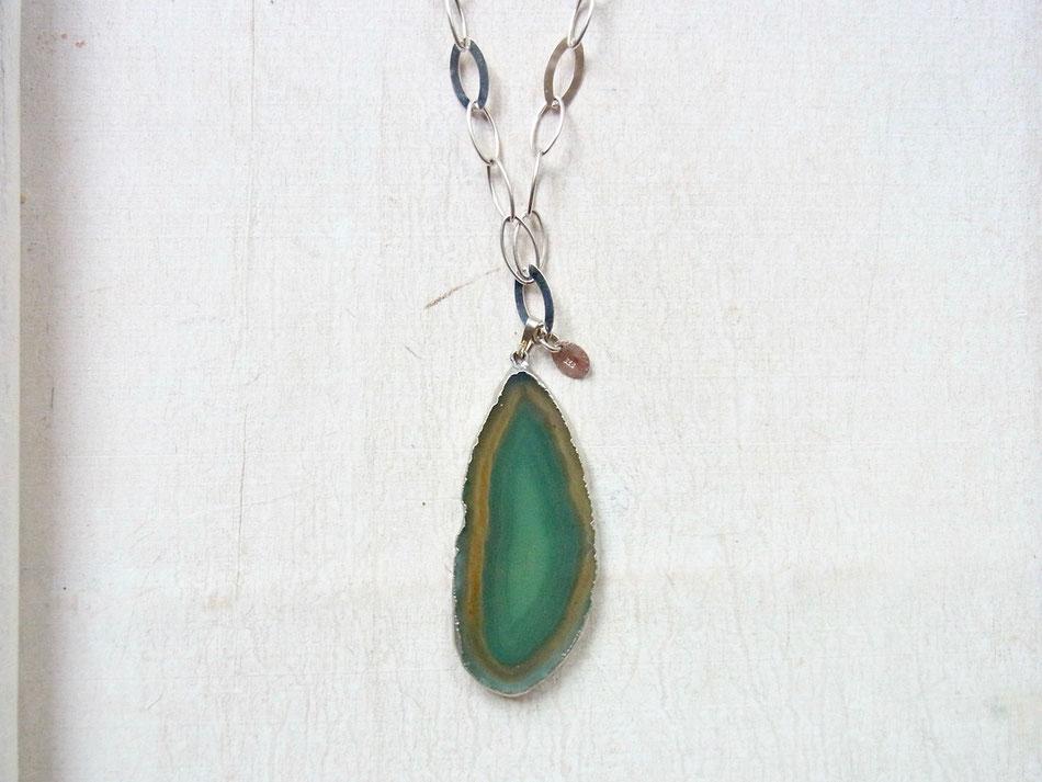 Silberkette mit grüner Achatscheibe