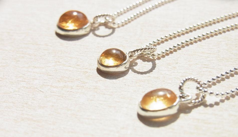 Filigrane Kugelketten aus Silber mit Citrin Anhängern