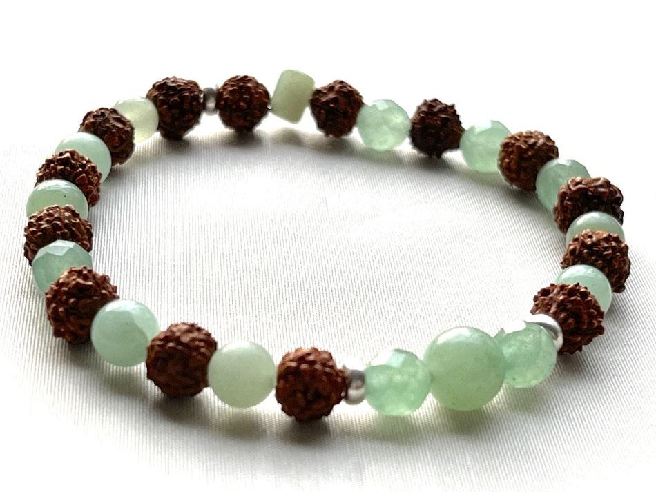 Edelsteinarmband mit facettierten grünen Aventurin Steinen
