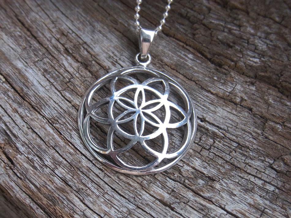 Halskette mit Saat des Lebens Symbol Anhänger aus Silber