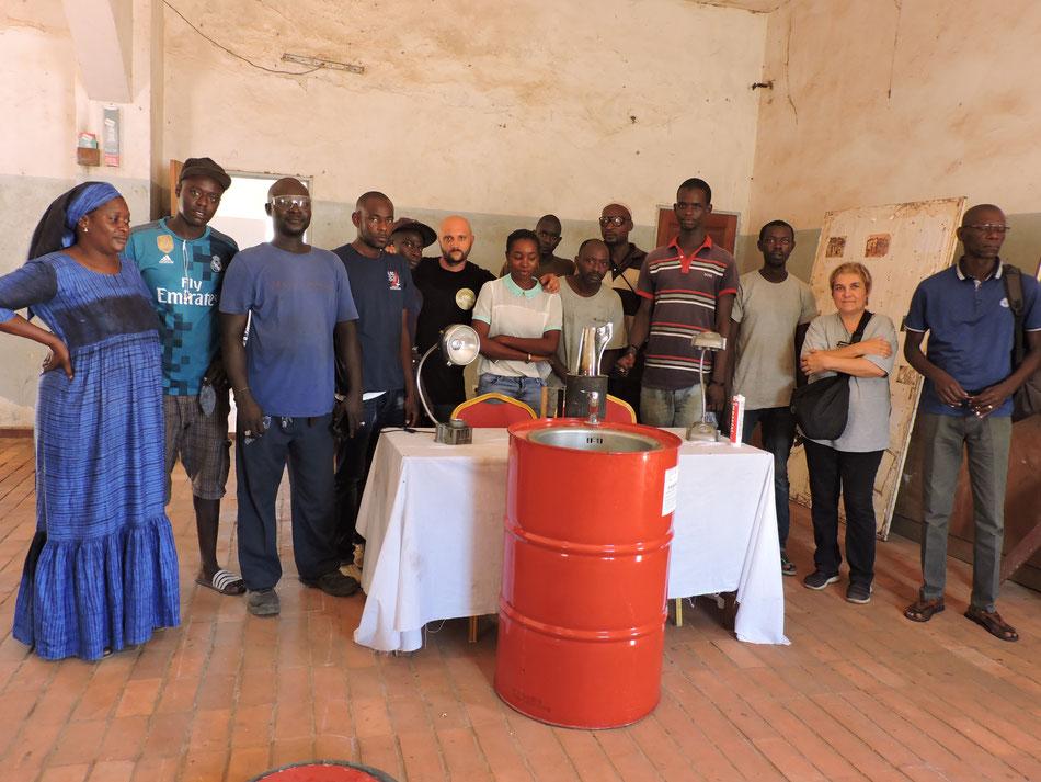 UN RINGRAZIAMENTO AI RAGAZZI DEL JACQUES CHIRAC (thiaroye Dakar)
