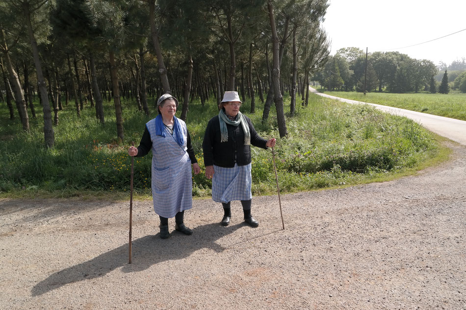 Zwei nette Galega Frauen