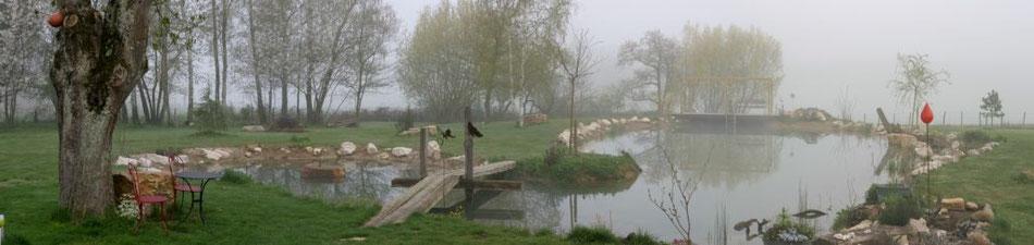 Schwimmteich - April 2010