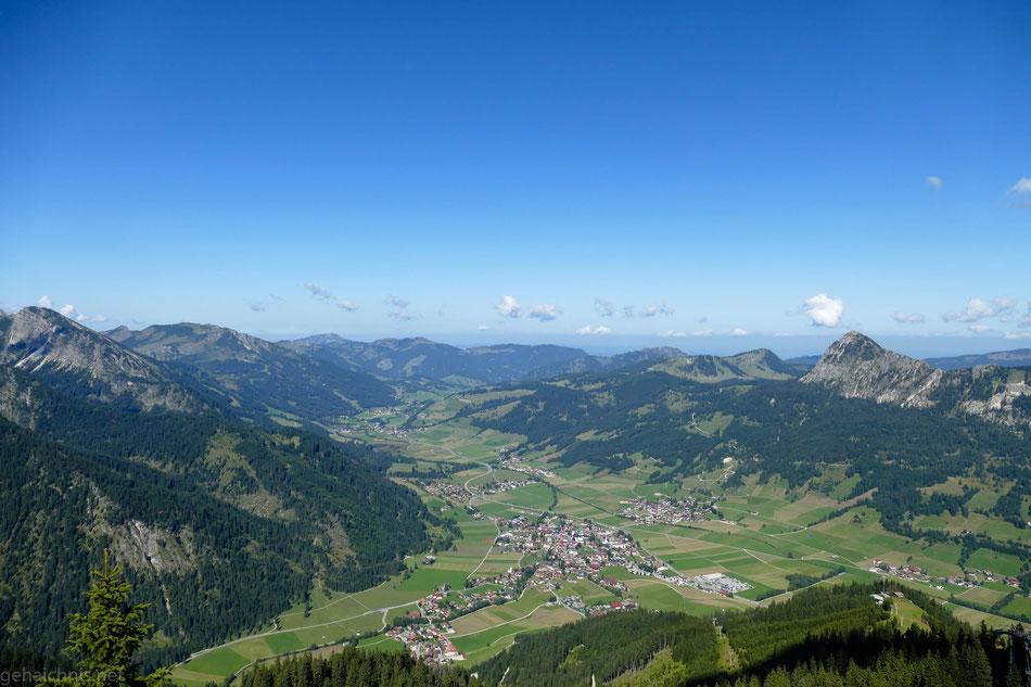 Blick auf Tannheim, Richtung Westen