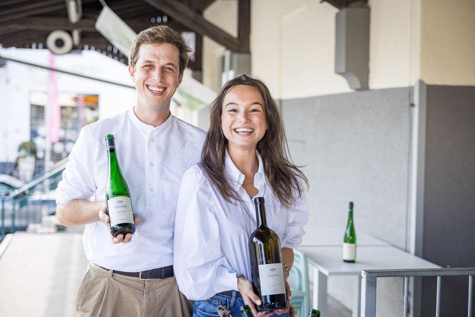 Robert Bodenstein und seine Partnerin Sophie-Helen Hinterhölzl vom Weingut Prager