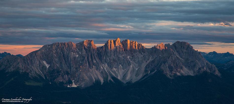 Abendliches Alpenglühen am Latemar - Dolomiten - Südtirol