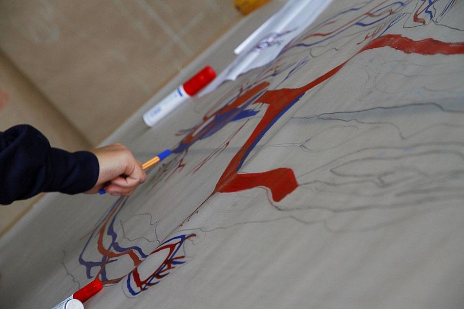 Bild: Teilnehmerarbeit Mensch in Scheiben, Blutkreislauf