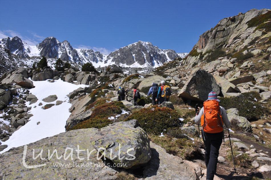 Andorra, Katalonien, Spanien, Aragonien, Andalusien, Wandern, Touren, Mehrtagestouren, Wandern und Kultur,  deutschsprachige Guides, ursprünglich, authentisch, kleine Gruppen, nachhaltig, Pyrenäen,