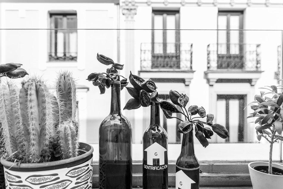 Terraza en el Mercado de San Anton, Madrid.