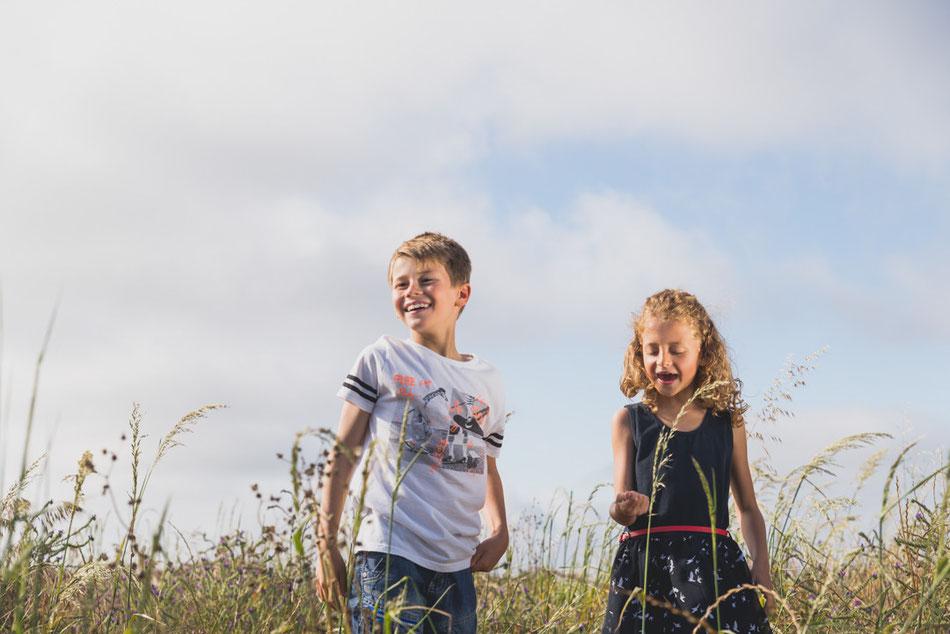 Fotografía de niños en el campo, en Tenerife
