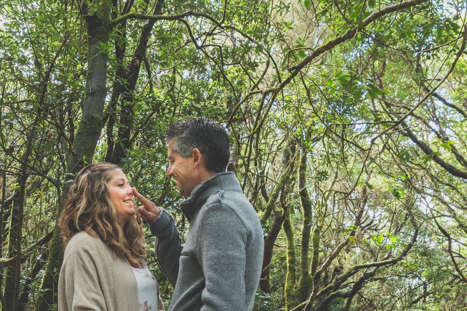 Fotografía de pareja en La Cruz del Carmen, Monte de Las Mercedes, Tenerife