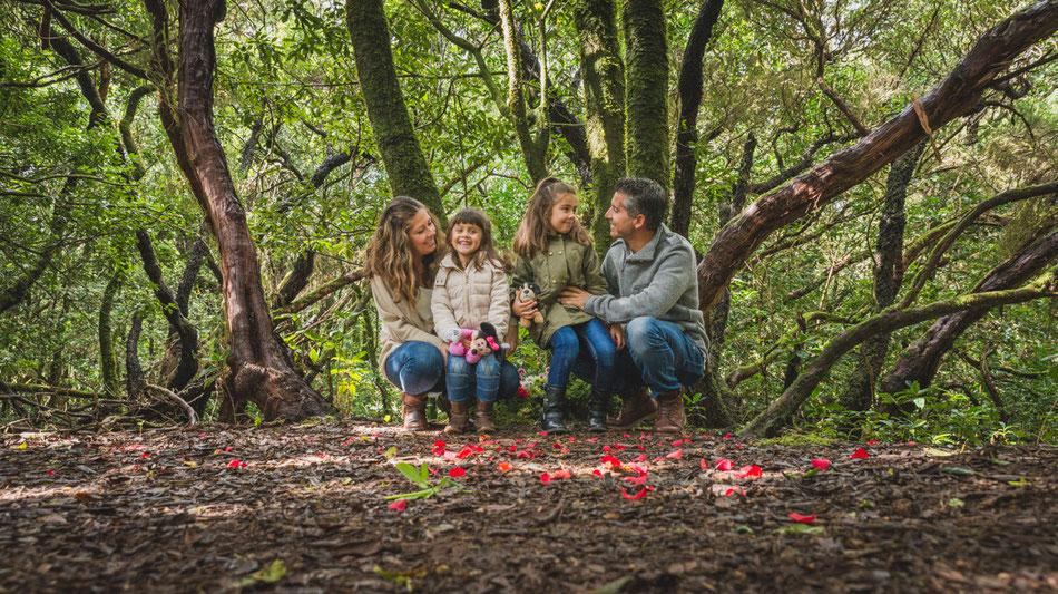 Fotografía de familia en La Cruz del Carmen, Monte de Las Mercedes, Tenerife