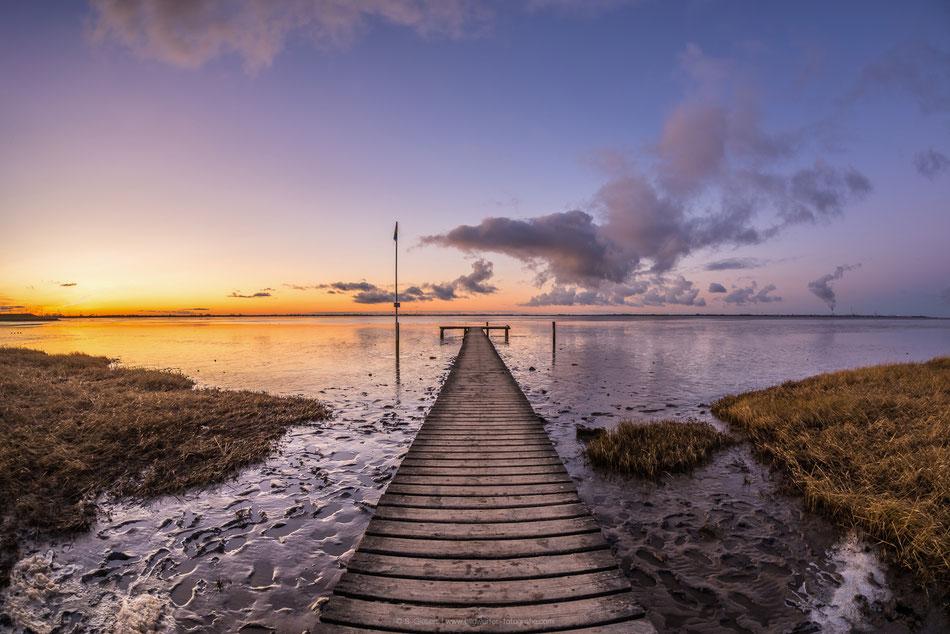 Sonnenuntergang am Strand von Dangast.