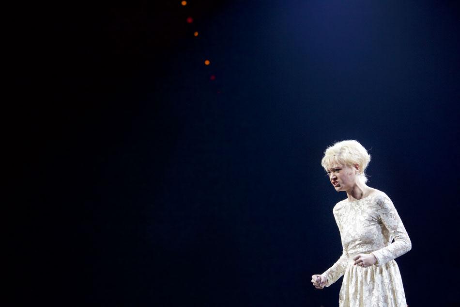 DIE DREIGROSCHENOPER in konzertanter Aufführung  23. September 2016  Nur am 9. und 11. Oktober zeigen wir in einer konzertanten Aufführung das weltberühmte Stück DIE DREIGROSCHENOPER von Bertolt Brecht und Kurt Weill im Circus Krone. Mit ihrer 1928 uraufg