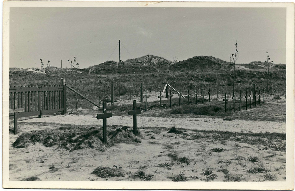 Cemetery at beach pole 8, Terschelling (via Museum 't Behouden Huys, Terschelling)