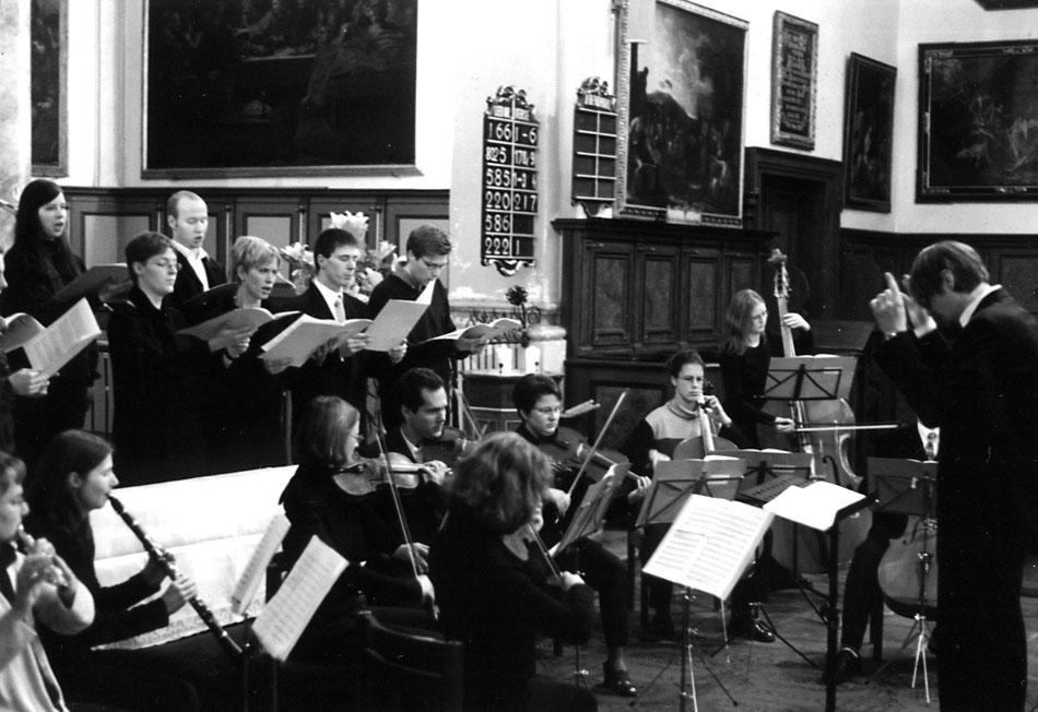 """""""TE DEUM"""" in Ev. Hl. Kreuz Augsburg 2001. Ensemble MEMORIA TENERE."""