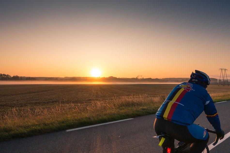 Fahrt in den Morgen